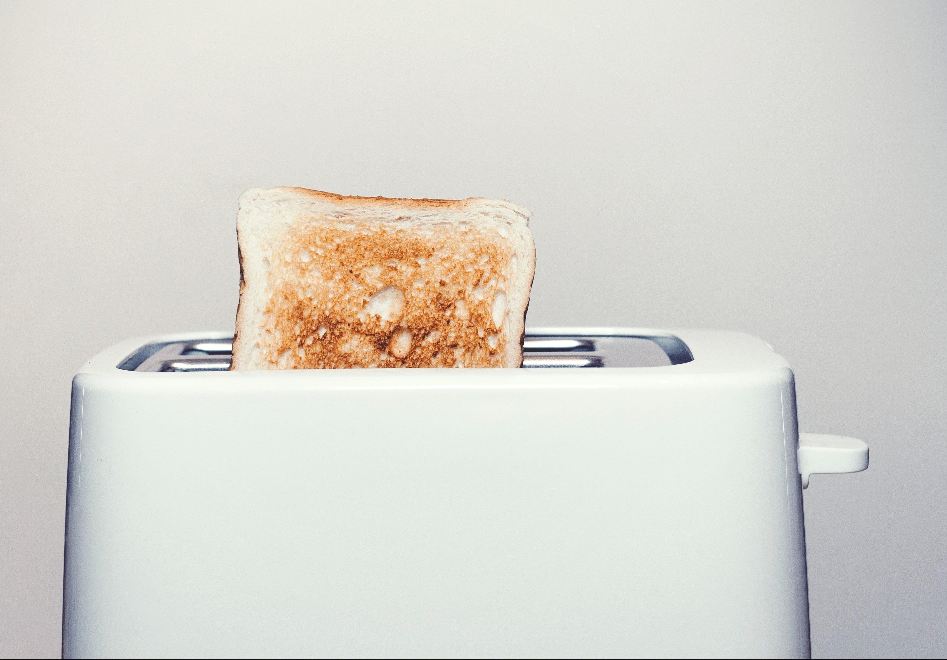 Toaster mit Scheibe Toast